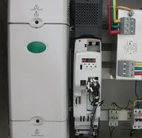 变频器维修现场